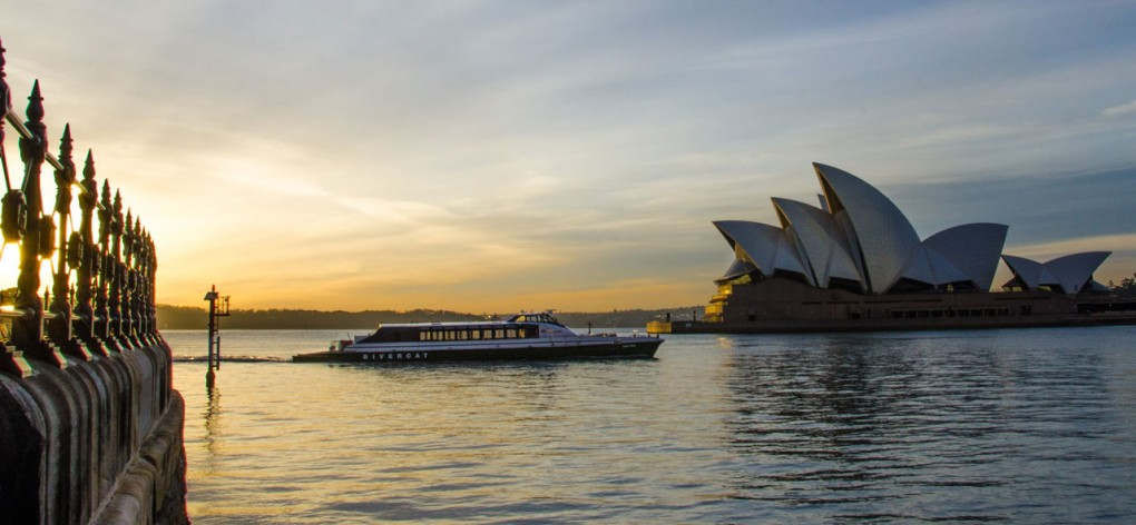 McMM-slider-1280x592-opera-house-ferry